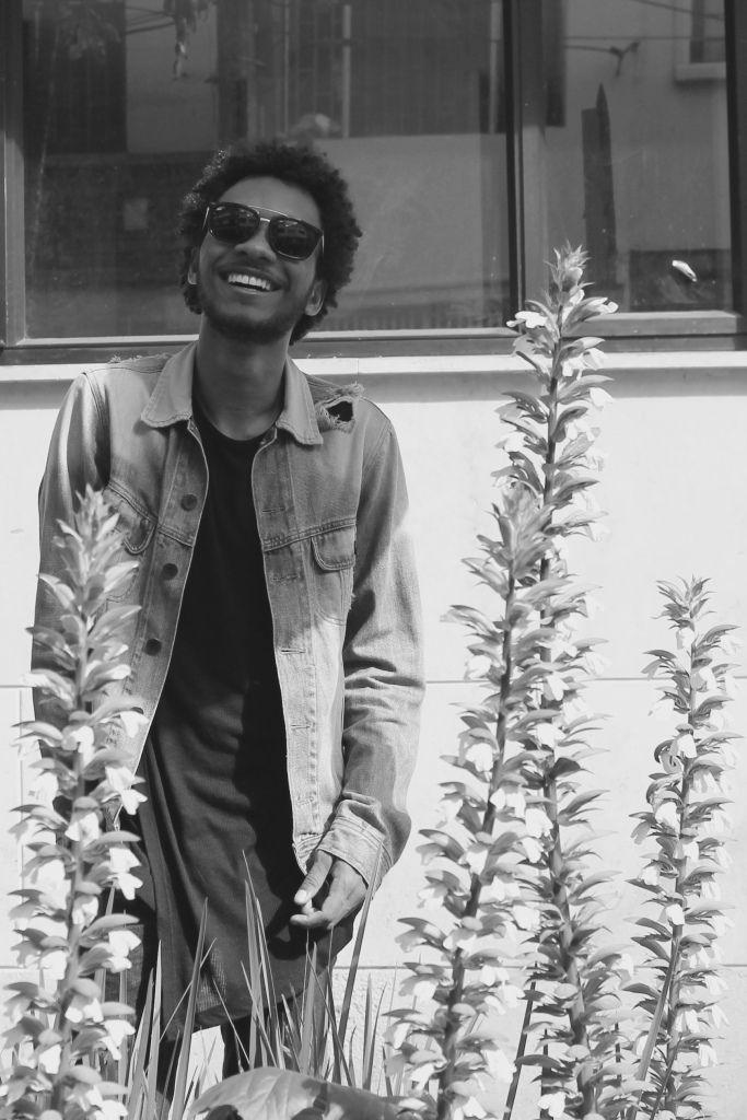 happy smile black and white shades burberry denim jacket bershka tennis tee afro boy