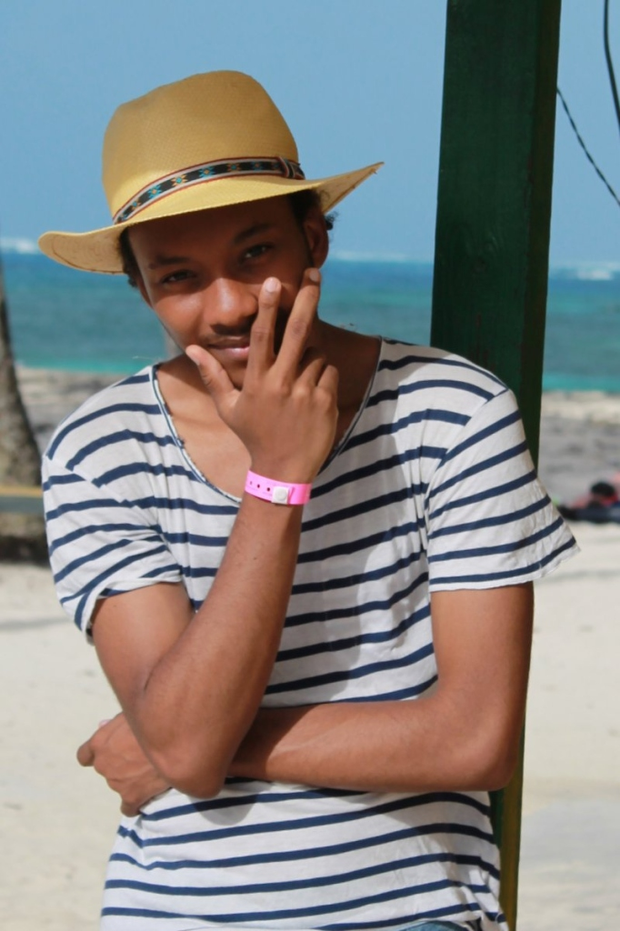 portrait juan stripes zara man hat sun beach