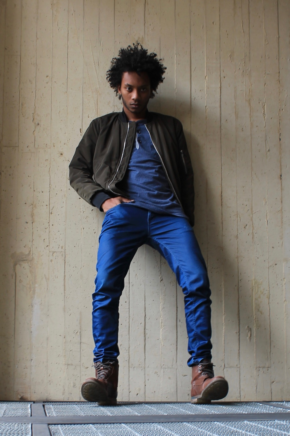 juan afro hair blue pants