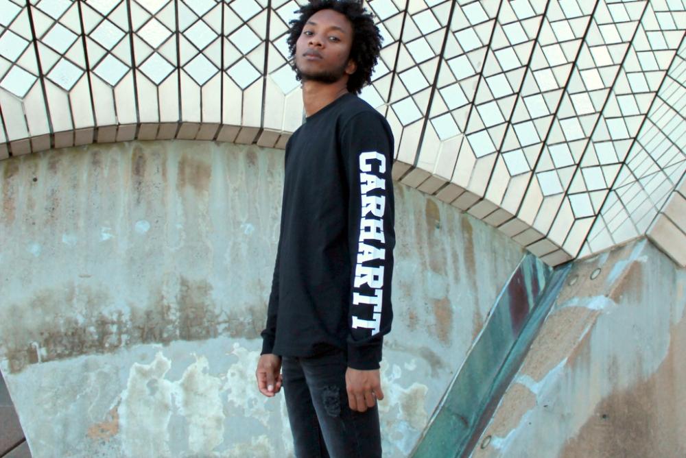 carhartt black jumper sydney blogger