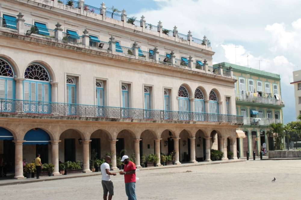 havana-streets-buildings