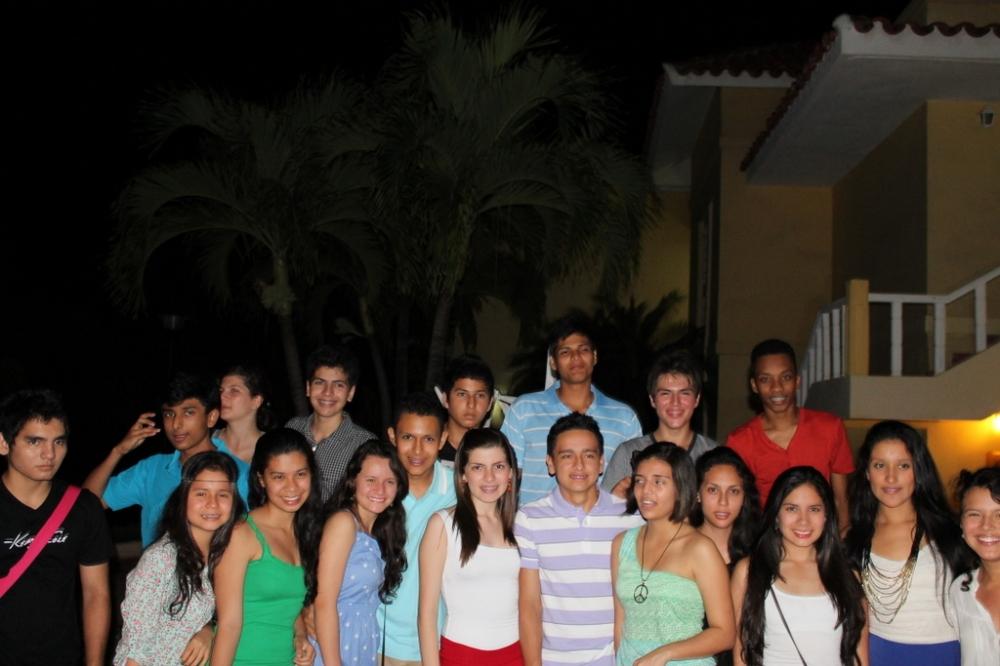high-school-friends-trip-final-year