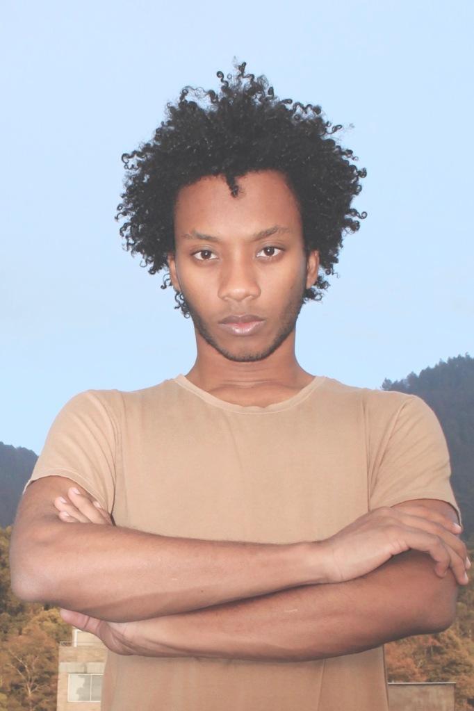 juango-portrait-juan-studios-tee-afro-man